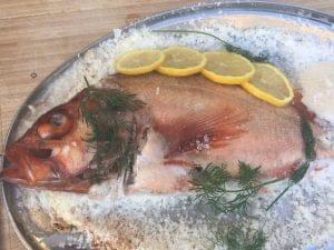 Vis in zoutkorst Big green Egg recept BBQ