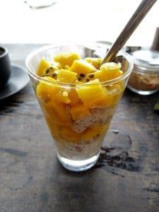 Havermout met kokosmelk en mango passievrucht recept Thailand lekker