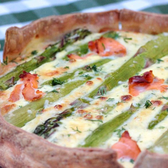 Glutenvrije hartige taart met asperges en zalm gerookte zalm dille quiche hartig taart mr and ms in the kitchen
